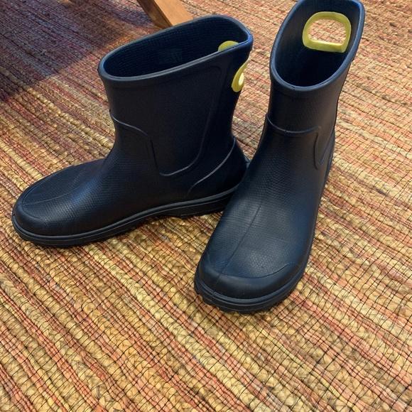 CROCS Shoes   Waterrain Boots Size 9 M